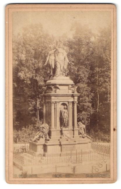 Fotografie Karl F. Wunder, Hannover, Ansicht Hannover, Kriegerdenkmal
