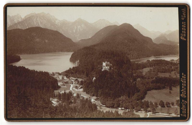 Fotografie Ludwig Schradler, Füssen a/Lech, Ansicht Hohenschwangau, Blick zum Schloss