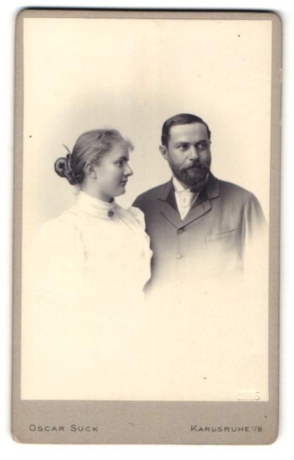 Fotografie Oscar Suck, Karlsruhe i/B, Portrait bürgerliches Paar