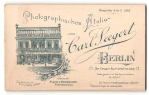 Fotografie Carl Seegert, Berlin, rückseitige Ansicht Berlin, Atelier Gr. Frankfurterstr. 71, vorderseitig Portrait