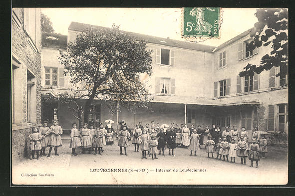 AK Louveciennes, Internat de Louveciennes