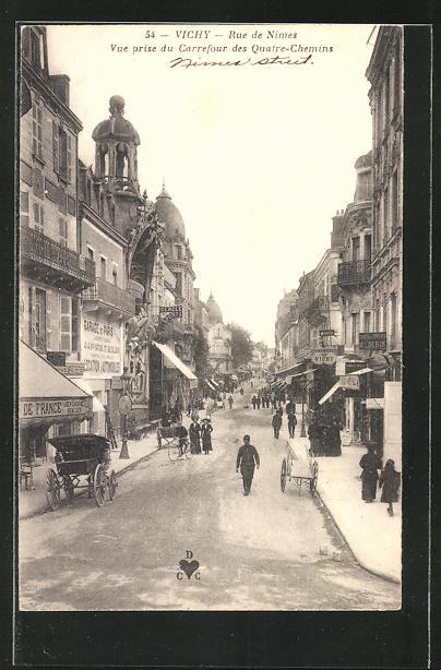 AK Vichy, Rue de Nimes, Vue prise des Quatre-Chemins