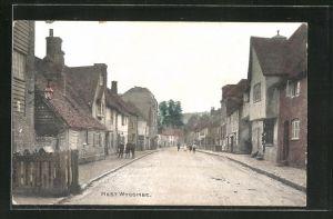 AK West Wycombe, Blick in eine Strasse der Ortschaft