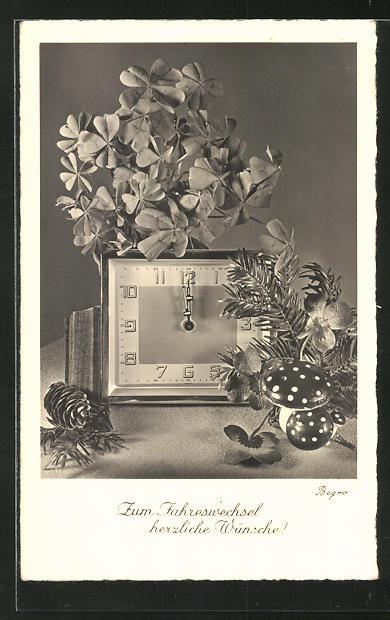 AK Uhr mit Blumen und Fliegenpilzen