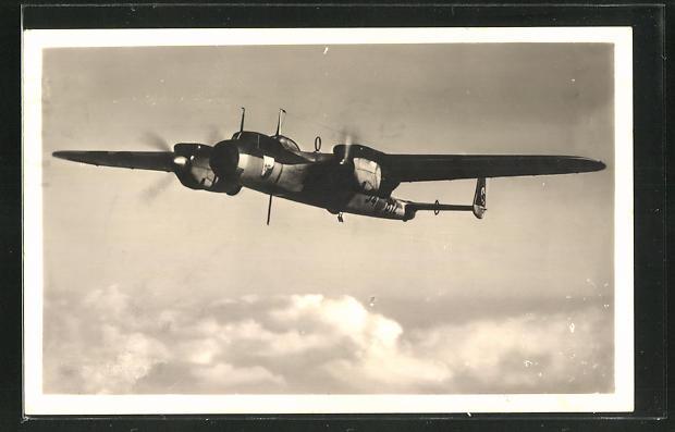 AK Dornier Do 17 über den Wolken, Kampfflugzeug