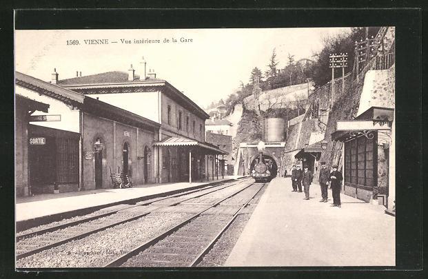 AK Vienne, Vue interieure de la Gare, Bahnhof
