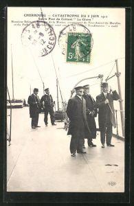 AK Cherbourg, Catastrophe du 8 Juin 1912, Sur le Pont du Cuirassé La Gloire, Kriegsschiff