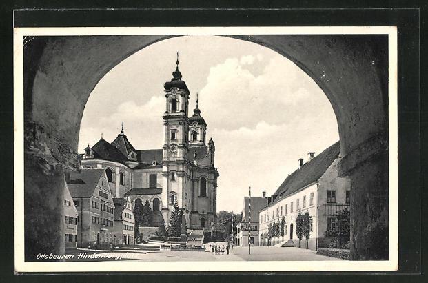 AK Ottobeuren, Tordurchblick mit Strasse am Hindenburgplatz