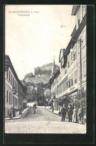 AK Blankenburg a. Harz, Tränkestrasse mit Blick zum Schloss