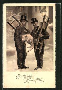 AK Neujahr, zwei Schornsteinfeger mit Leitern und einem Schwein