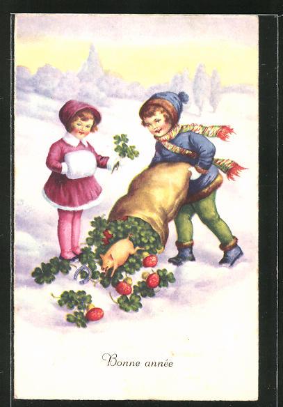 AK Zwei Kinder mit einem Sack Kleeblättern und Schwein
