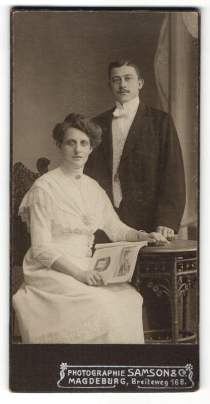 Fotografie Samson & Co., Magdeburg, Portrait junges bürgerliches Paar
