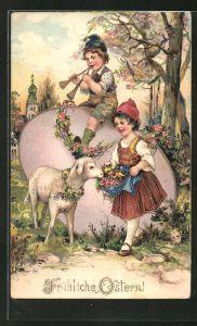 Präge-Lithographie Junge musizert auf einem übergrossen Osterei, Mädchen füttert ein Schaf,