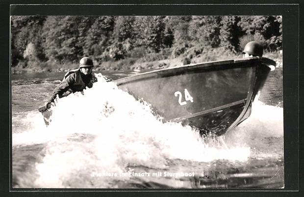 AK Bundeswehr, Pioniere im Einsatz mit Sturmboot