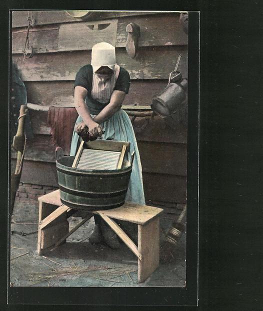 AK Waschfrau bei der Arbeit