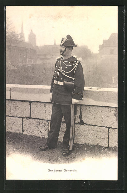 AK Gendarme Genevois, Polizist in Uniform
