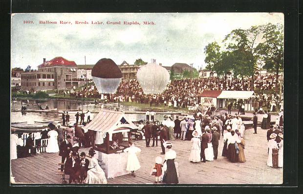 AK Grand Rapids, MI, Balloon Race, Reeds Lake, Ballons am See