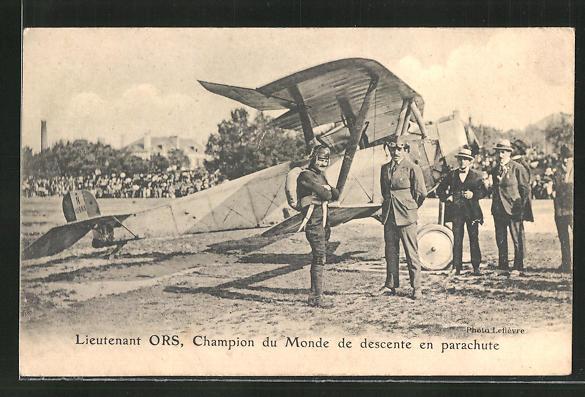 AK Lieutenant Ors, Champion du Monde de descente en parachute, Flugzeug 0