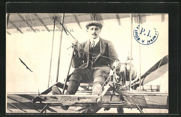 AK Tetard in seinem Flugzeug 0