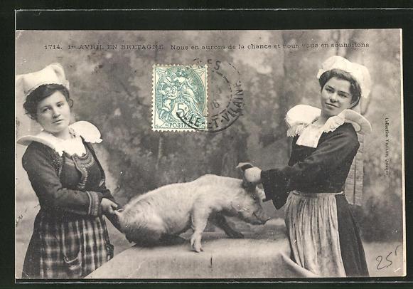AK junge Frauen mit einem Schwein 0