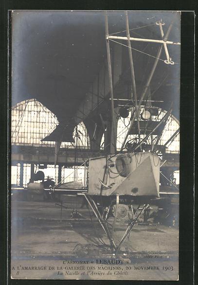 AK Aeronaut Lebaudy's Zeppelin im Hangar 0