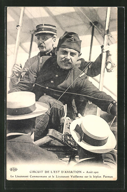 AK Flugzeug-Pioniere Lieutenant Cammermann und Vuillerme im Biplan Farman