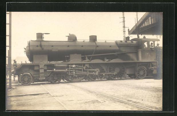 AK Lokomotive Nr. 4570 im Bahnhof stehend 0