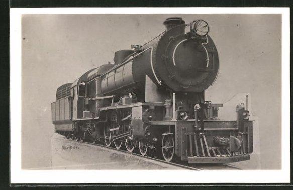 AK Lokomotive von vorn fotografiert 0