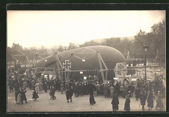 AK Paris, Deutscher Ballon im Jardin des Tuileries