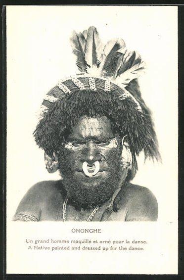 AK Papua New Guinea / Ononghe, einheimischer Mann mit Kopf- und Gesichtsschmuck