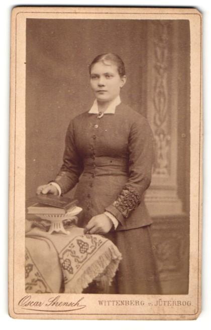 Fotografie Oscar Strensch, Wittenberg & Jüterbog, Portrait junge Frau