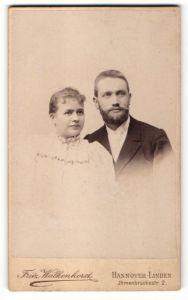 Fotografie Fritz Walkenhorst, Hannover-Linden, Portrait bürgerliches junges Paar