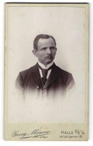 Fotografie Georg Maurer, Halle a/S, Portrait bürgerlicher Herr
