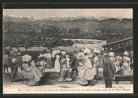 AK Pau, Partie an der Bergbahn, Vue sur la Chaine des Pyrénées et le Pic du Midi d'Ossau, prise de la Place Royale