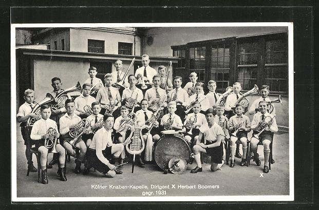 AK Köln, Gruppenfoto der Kölner Knaben Kapelle, Dirigent Herbert Boomers, gegr. 1931