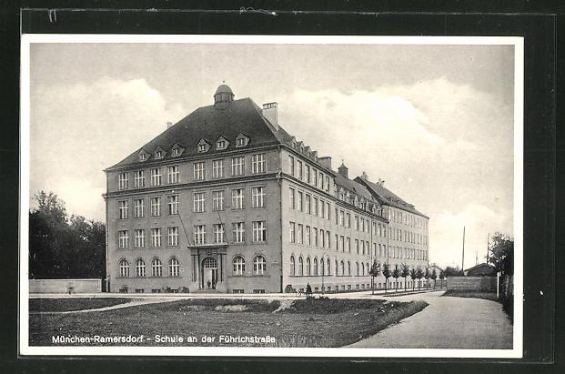 AK München-Ramersdorf, Schule an der Führichstrasse