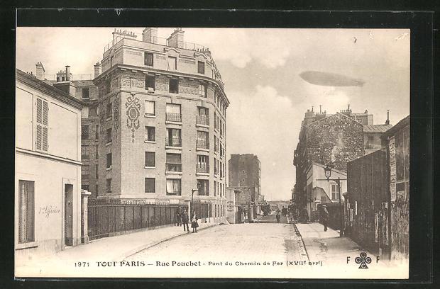 AK Paris, rue Pouchet, Pont du Chemin de Fer, Zeppelin fliegt über die Stadt