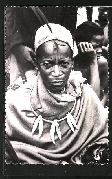 AK Afrique-Equatoriale francaise, Le Makoko, chef des batekes, afrikanische Volkstypen