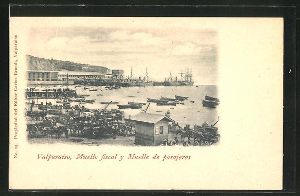 AK Valparaiso, Muelle fiscal y Muelle de pasajeros