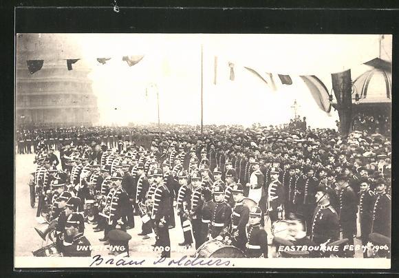 AK Eastbourne, Unveiling Memorial, Gedenkparade