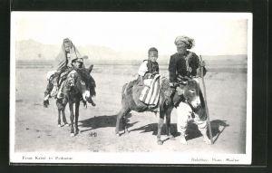 AK Kabul, Mann mit seinen Kindern auf Eseln auf dem Weg nach Peshawar