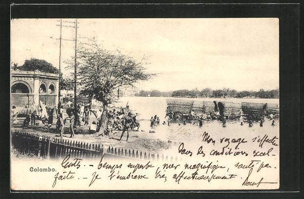 AK Colombo, Männer und Frauen steigen aus dem See