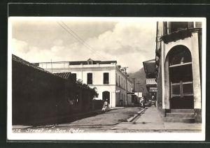 AK San Pedro, 472 Street, Barbershop