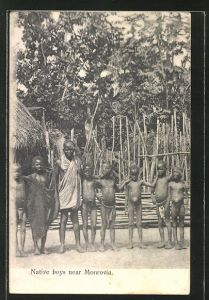 AK monrovia, Native boys