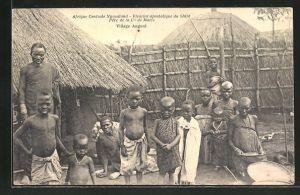 AK Nyasaland, Vicariat apostolique du Shire, Pere de la Cie de Marie, Village Angoni