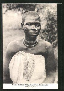 AK Malawi, Mission du Shiré des Pères Montforteins, Jeune Fille