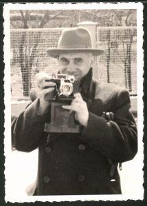 Fotografie Fotograf mit Fotoapparat von anderem Fotograf fotografiert