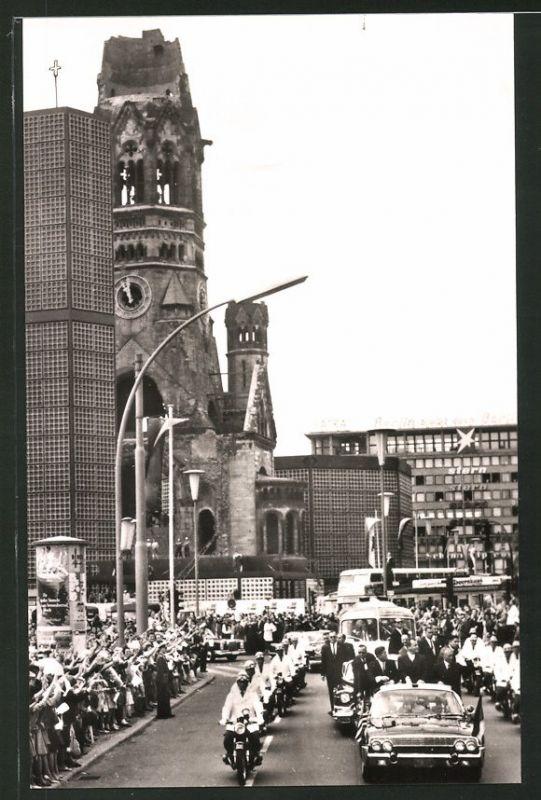 Fotografie Fotograf unbekannt, Ansicht Berlin, US-President Kennedy am Breitscheidplatz