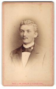 Fotografie Fr. Zirkler, Clausthal, Portrait junger Herr in Anzug