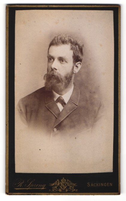 Fotografie R. Spreng, Säckingen, Portrait Mann mit Vollbart